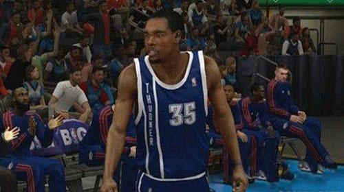糗!《NBA 2K13》雷霆备用球衣名字拼错